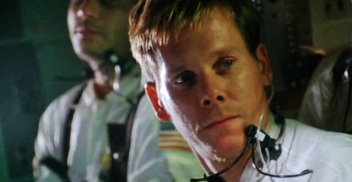 kevin-in-apollo-13-kevin-bacon-1298060-1030-534