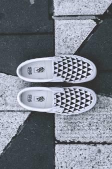 sneakersnstuff-x-vans-og-classic-slip-on-lx-stockholm-sns