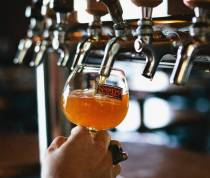 foodrepublic-charlotte-nc-looking-for-a-pint-of-great-craft-beer-here-are-9-spots-doing-it-right_