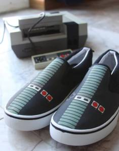 nes-controller-shoes-footendo-entertainment-system