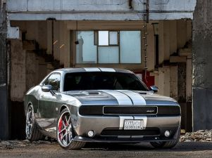 dodge-challenger-srt